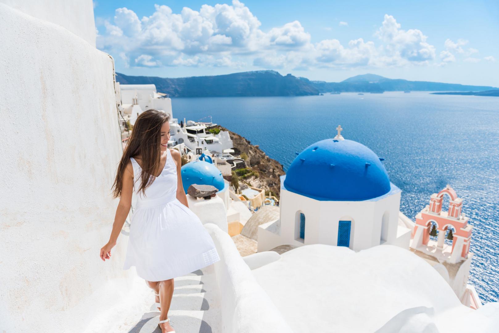 On s'envole vers les îles les plus tendances de la Grèce !