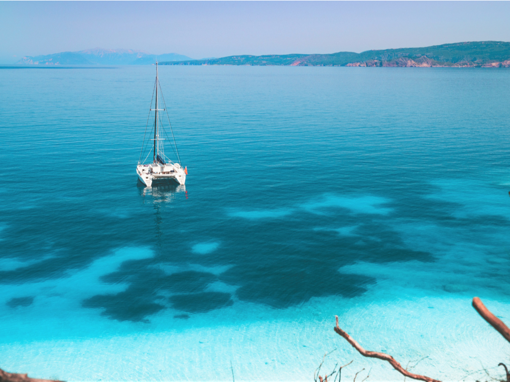 Une croisière bien-être à bord d'un catamaran en Grèce !