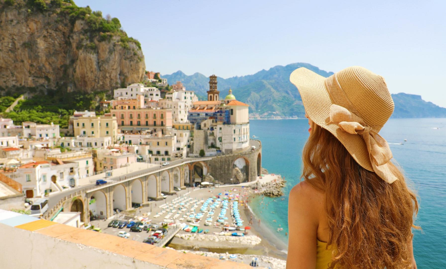 On s'envole vers les destis les plus tendances de Méditerranée !